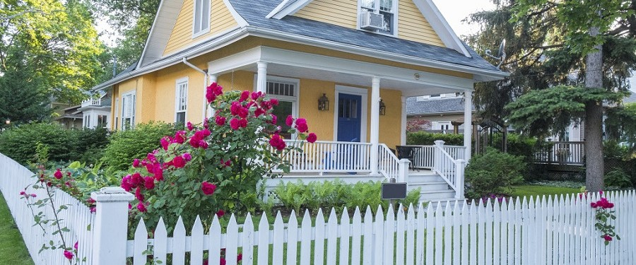 Pretty Maine House With Porch